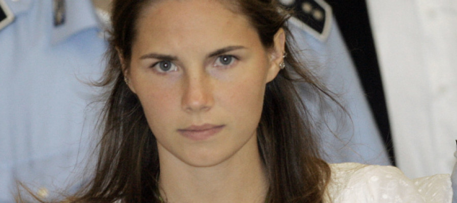 Amanda Knox to be tried again over murder of Meredith Kercher