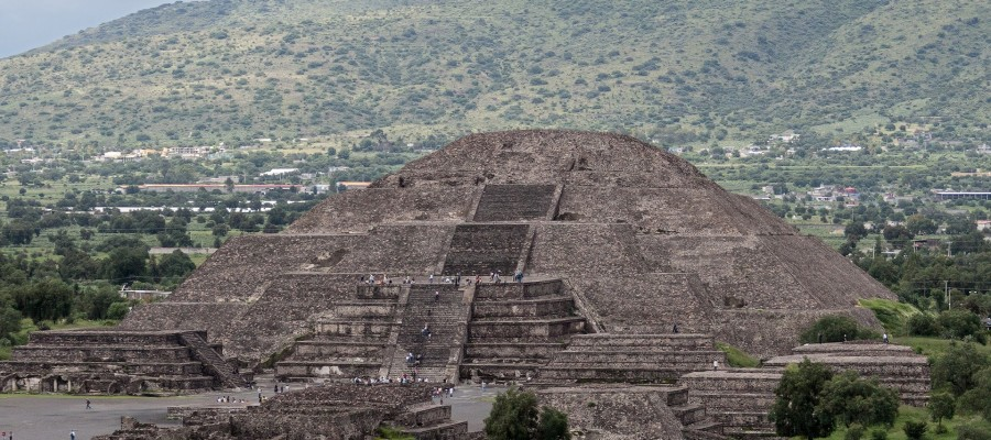 Hundreds of mysterious balls found beneath Mexican temple