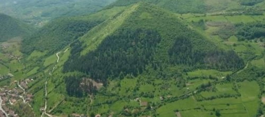 30,000 Year Old Bosnian Pyramids Built With Man Made Cement