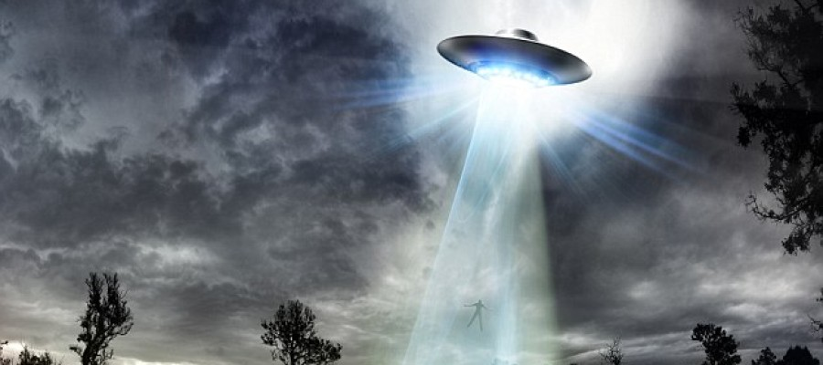 Canadian Minister of Defense Paul Hellyer Admits UFOs and ETs are Real: What Else are They not Telling You