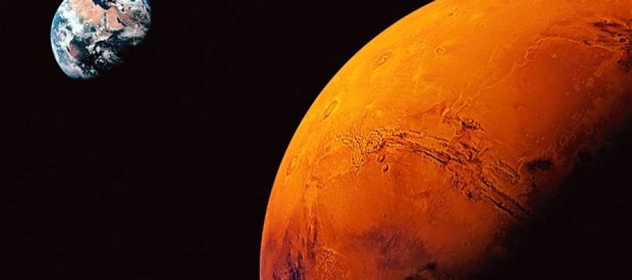 Mars in strange Pictures