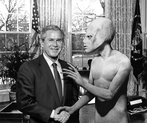 The Most Famous People Who Believe in Extraterrestrials, or who met them!
