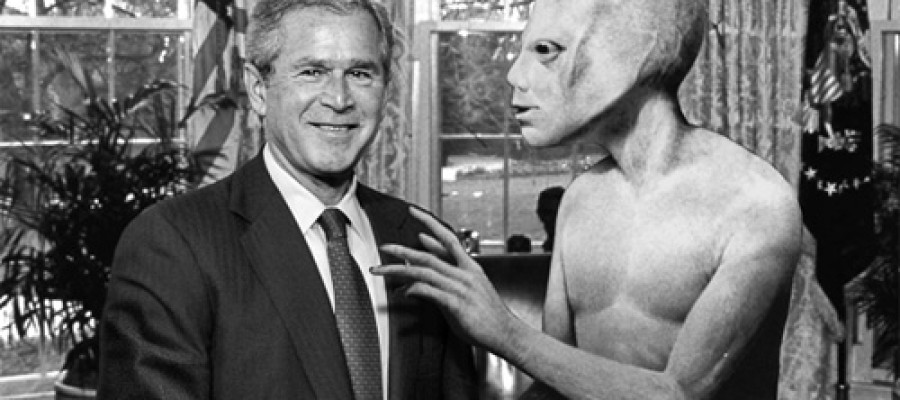 5 Most Famous People Who Believe in Extraterrestrials