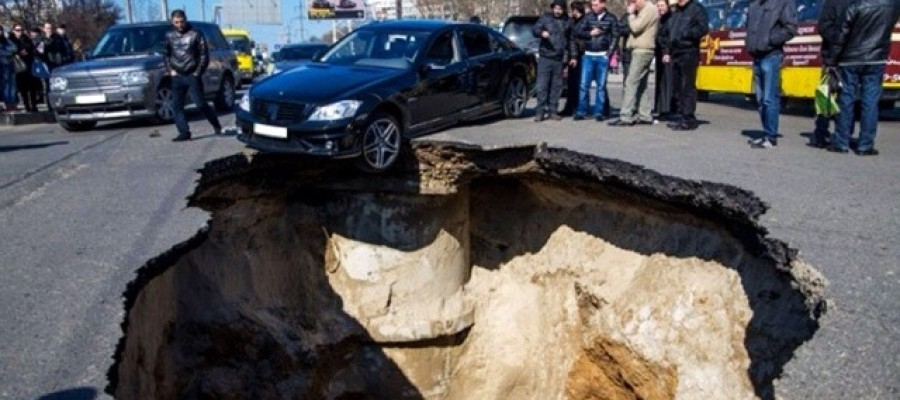 Russian city of Samara being 'eaten alive' by sinkholes – gallery