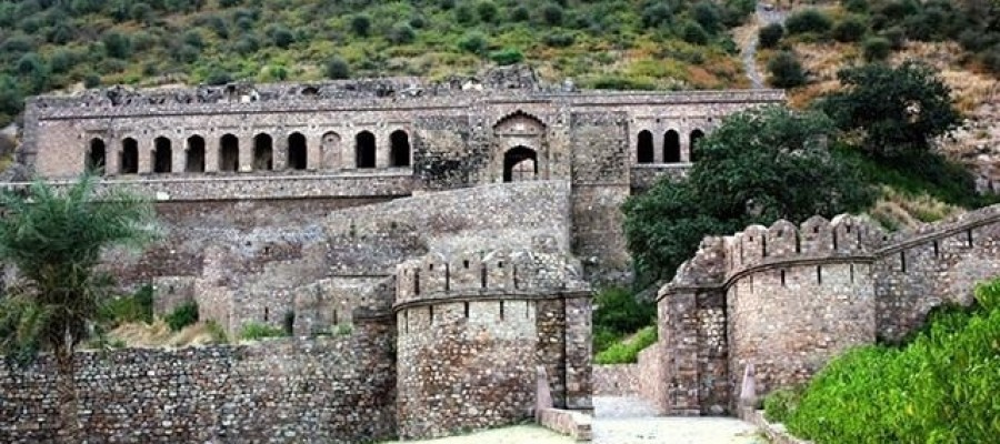 Indian Ghost Town of Bhangarh – Ajabgarh, Rajasthan