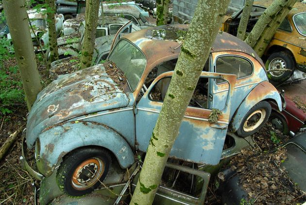 kaufdorf-car-graveyard-switzerland