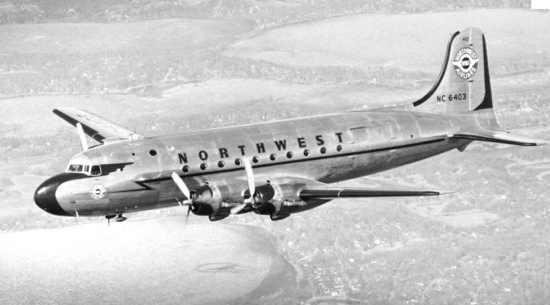 Northwest Orient Airlines Flight 305