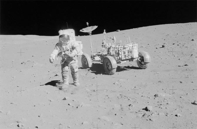 lunar-rover-13-130731