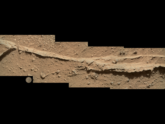 mars-rover-curiosity-darwin-rock