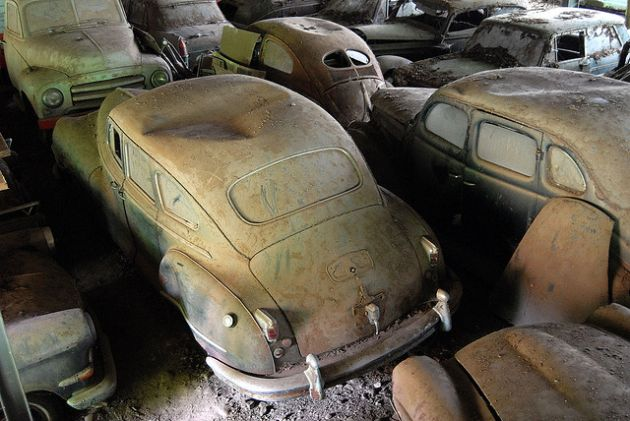 kaufdorf-car-graveyard-switzerland-18