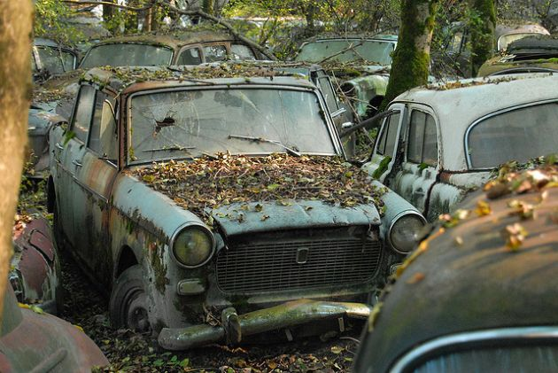 kaufdorf-car-graveyard-switzerland-9