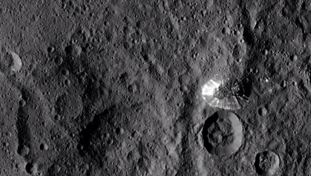 Strange pyramid on Ceres