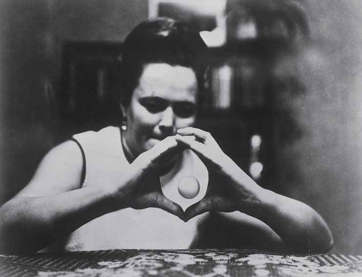 The strange mystery of Nina Kulagina and her psychokinesis